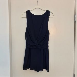 ✨NWOT Beautiful Navy Open Back Romper💙✨